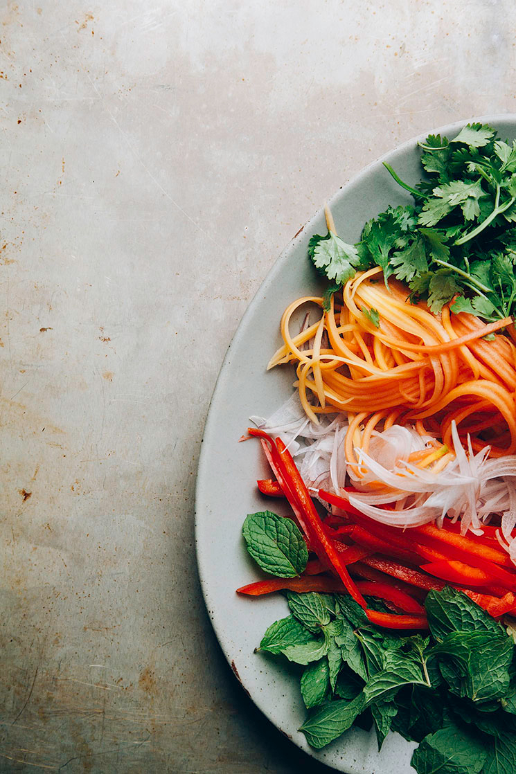 so fresh: papaya salad rolls via @thefirstmess