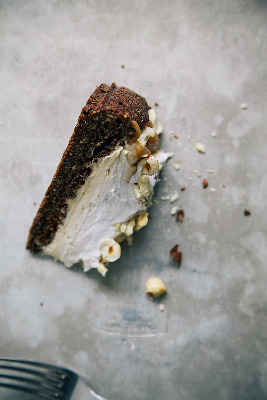 chocolate hazelnut torte w/ salty date caramel {vegan + GF} // the first mess