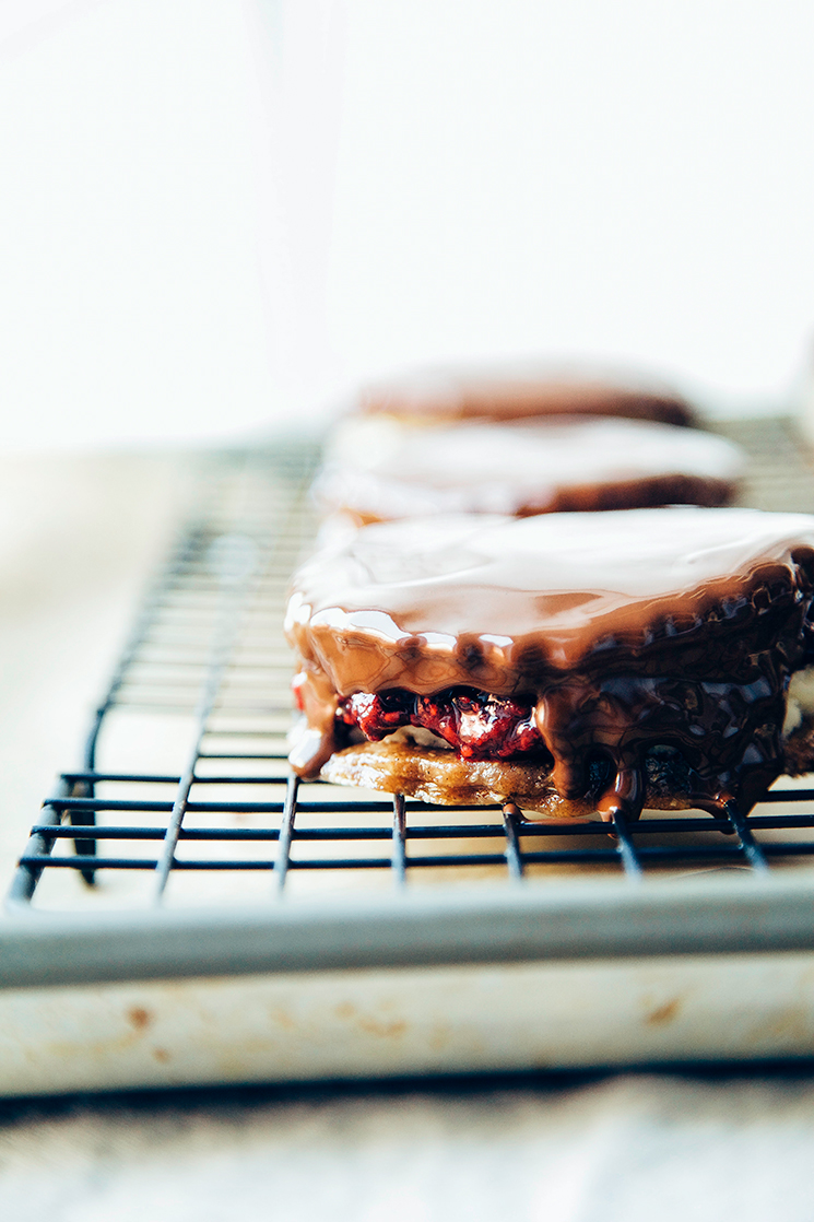 healthy, vegan wagon wheels // via thefirstmess.com