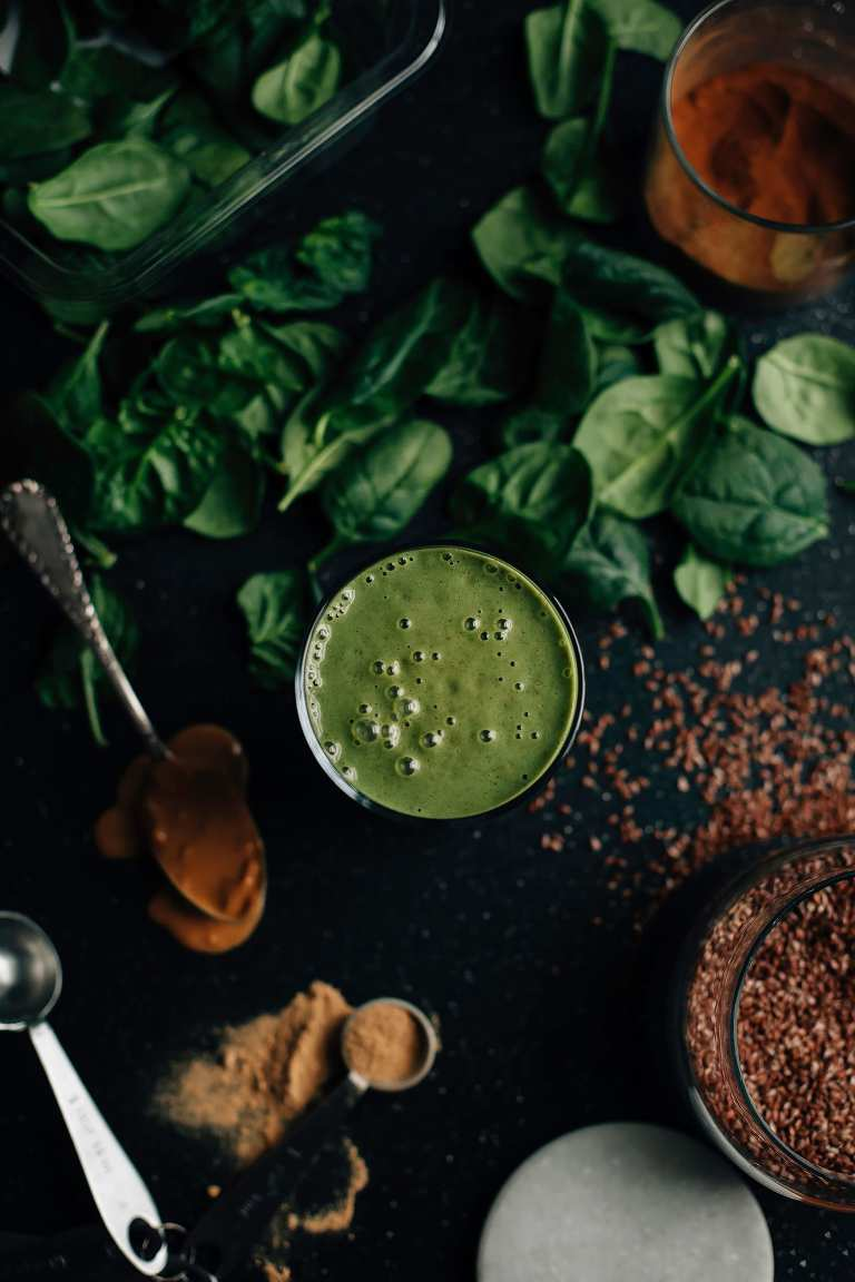 peanut butter vanilla green shake // via thefirstmess.com