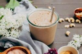 Maca caramel frap (healthy delicious + #vegan!)