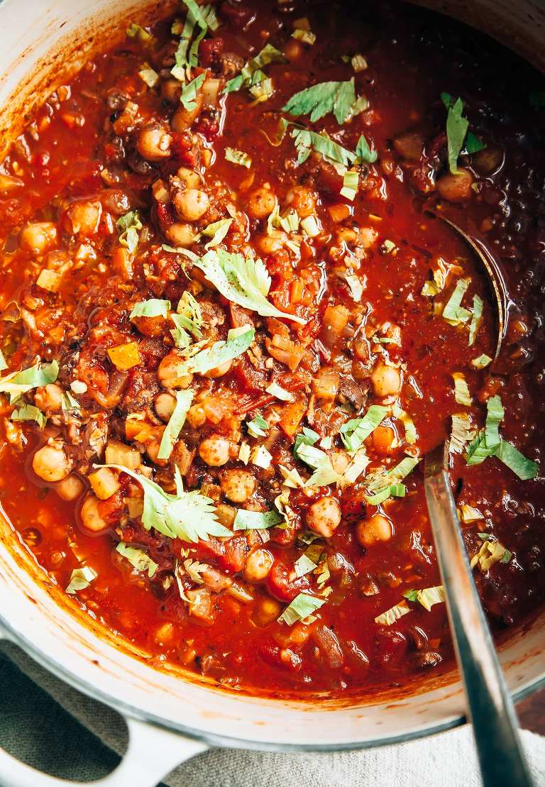 Vegan Buffalo Chickpea Chili with Mushrooms - The First Mess